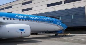 Alarma en los gremios aeronáuticos por el impacto en Aerolíneas de la política aerocomercial del Gobierno