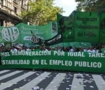 """ATE protesta en todo el país en rechazo de la paritaria """"a la baja"""" de UPCN"""