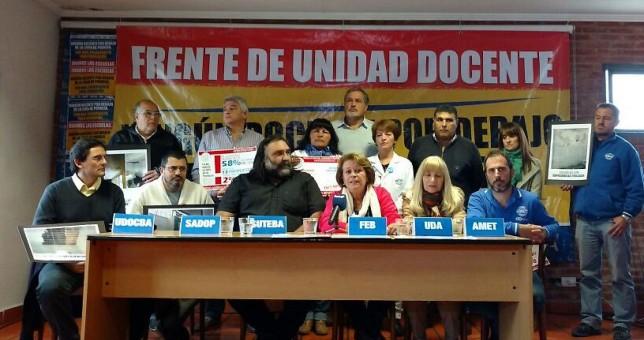 Sin respuestas de Vidal, los maestros bonaerenses definen su plan de lucha