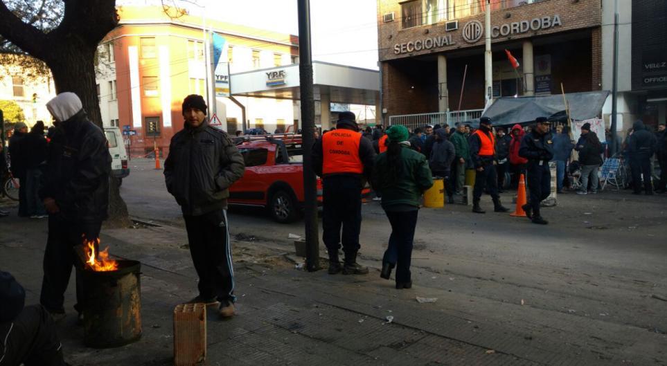 Más tensión en Córdoba: el gobierno no quiere negociar y la UTA nacional ataca a los choferes