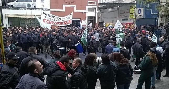 La CGT Córdoba reclamó la reincorporación de los 160 choferes despedidos