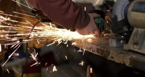 Supervisores metalmecánicos cerraron 22% en dos tramos