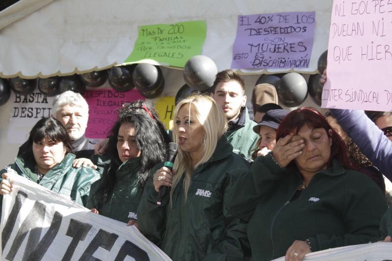 Ya son 13 los días de ayuno de las conductoras de trolebuses despedidas de Córdoba