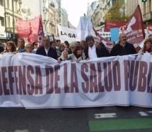 En disconformidad, médicos aceptan oferta salarial y Vidal cierra otro frente de conflicto