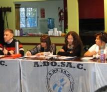 Tras más de 100 días de paro, los docentes santacruceños van a las aulas a negociar