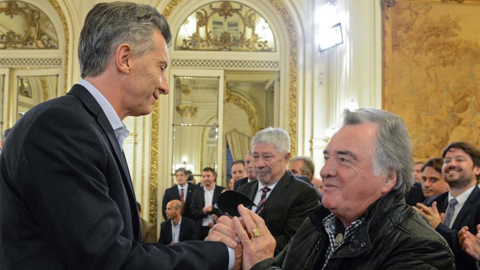 Macri ahora amenaza con pedir las declaraciones patrimoniales de los sindicalistas