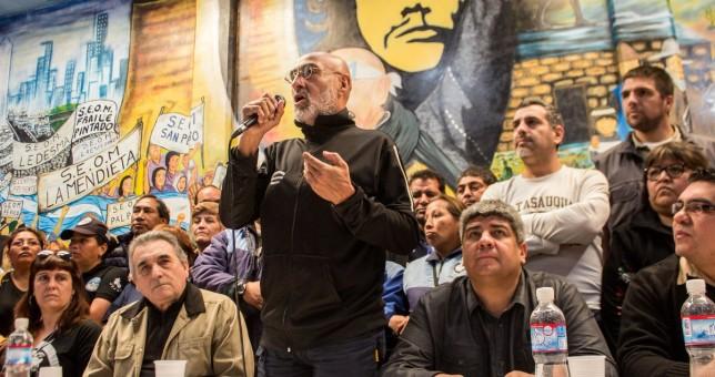 """Pablo Moyano profundiza su perfil rebelde: """"El compromiso de la CGT que conduce Schmid es salir a la calle"""""""