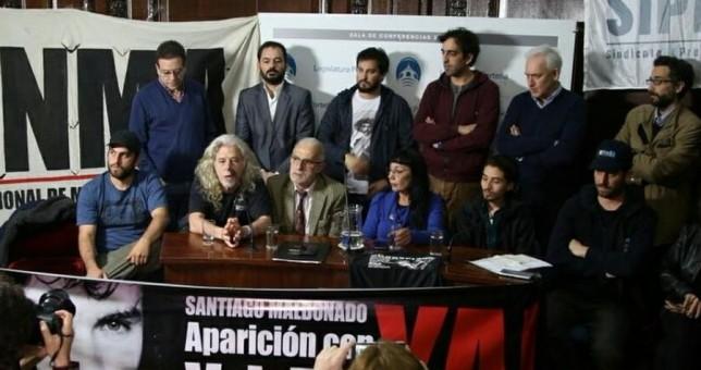 """Gremios de prensa repudiaron las """"operacioenes"""" de los medios frente a la desaparición de Maldonado"""