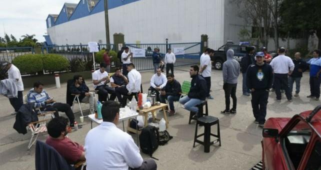 Dictan conciliación y quedan en suspenso los 65 de Unilever