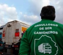 Máxima tensión por una huelga de camioneros en una firma láctea
