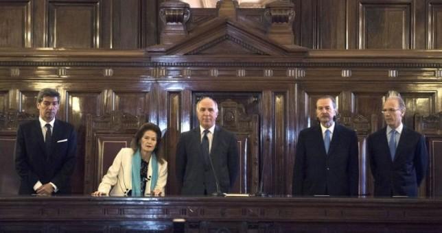 """La Corte le hace otro guiño a Macri y revoca una indemnización por """"desproporcionada"""""""