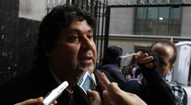 Segovia desmintió a Metrovías y señaló que las demoras se deben a la falta de previsión de la empresa
