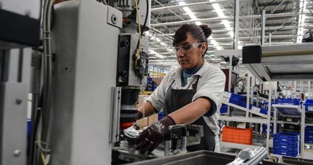 Brecha de género: las mujeres ganan un 17% menos en empresas