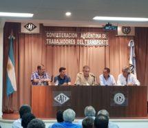 """Gremios del Transporte condenan el intento de Macri de """"avanzar"""" sobre el movimiento obrero"""