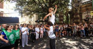 Una función al aire libre para que no cierre el cuerpo de Ballet Nacional