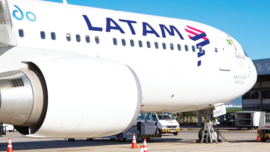 Latam reabrió la paritaria y hoy habrá vuelos normalmente