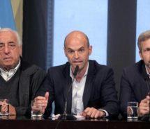 Roberto Fernandez quiere distender la relación con el Gobierno y salió a pedir que se recicle la mesa de diálogo social