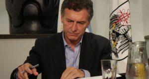 Con un decreto, Macri busca diluir el poder de Ctera en la paritaria docente