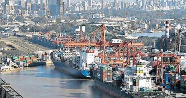 Temor por el futuro de los puestos de trabajo del puerto de Buenos Aires