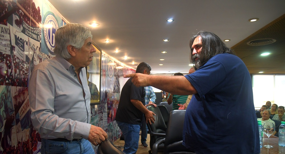 Para Baradel, Barrionuevo es «colaboracionista» del Gobierno