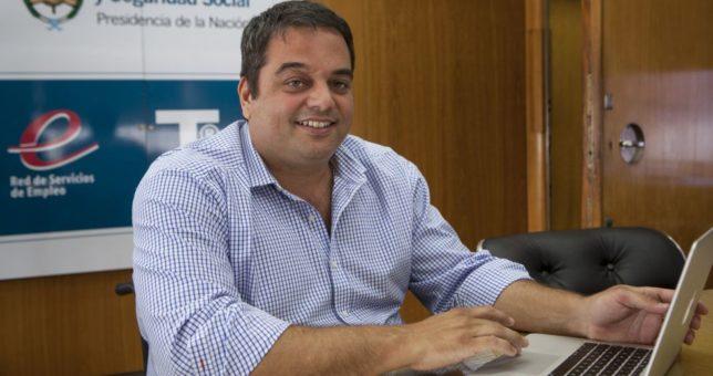 Tintoreros y remiseros le dan una buena noticia a Triaca y cierran paritarias de 15% en cuotas