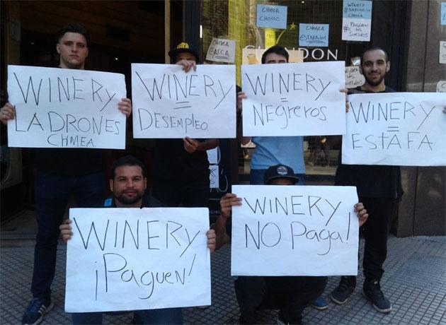 Despidos masivos en la principal cadena de vinotecas del país