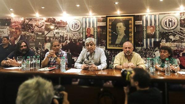Cumbre en Camioneros cambió la fecha de la movilización contra el Gobierno, será el #21F
