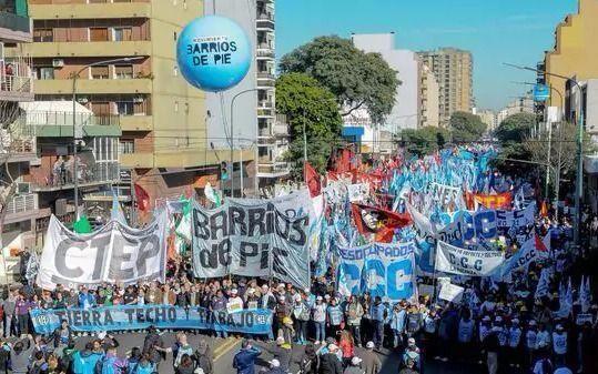 1° de mayo: la Izquierda va a Plaza de Mayo y las organizaciones sociales al monumento al trabajo