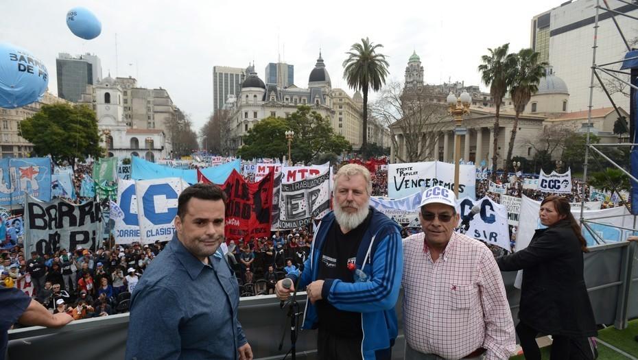 El triunvirato de San Cayetano espera unificarse en un sindicato para el 1° de mayo