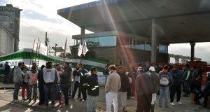 Camioneros bloqueó el puerto marplatense ante el temor de miles de despidos