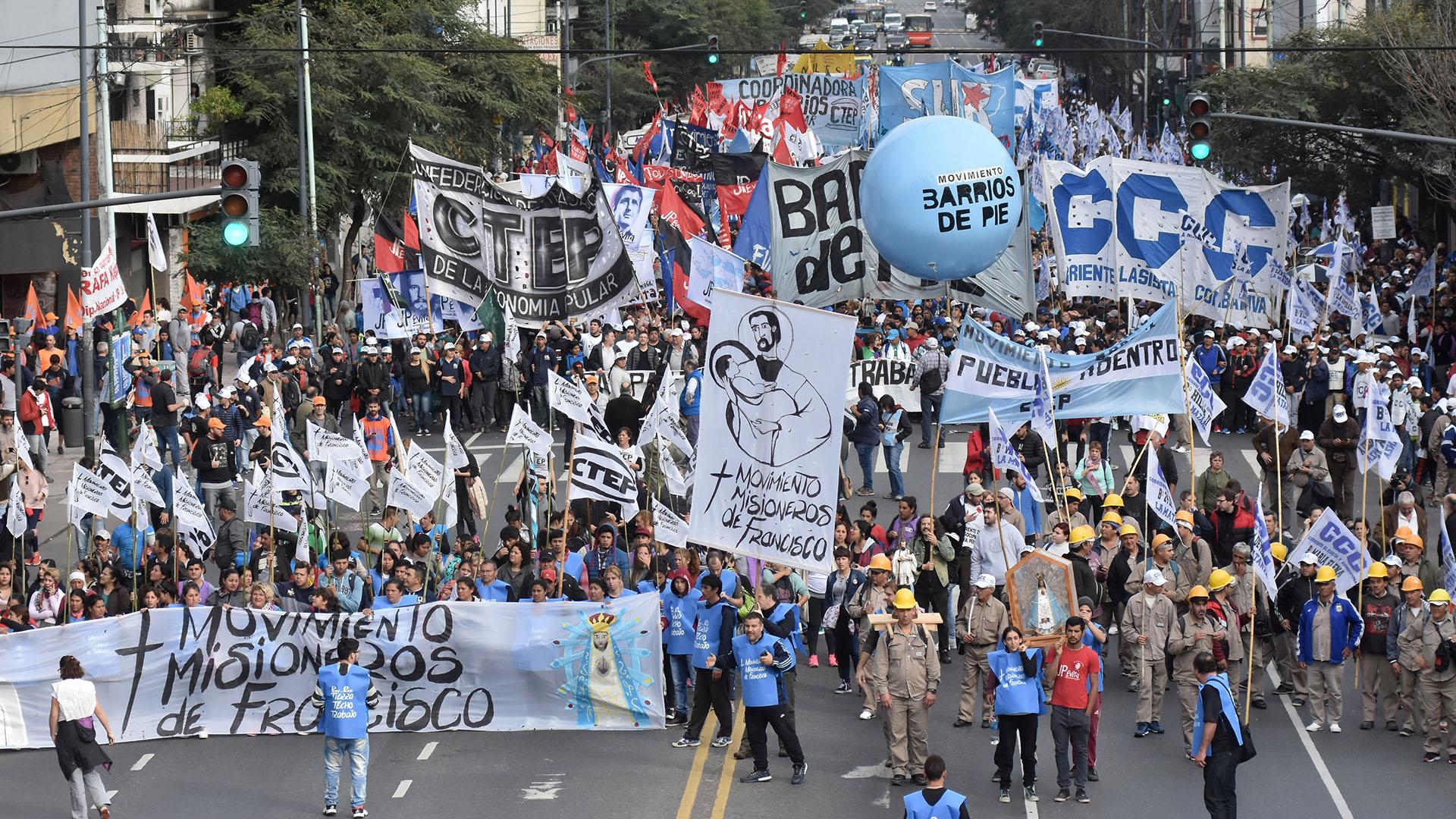 """Con bendición papal y de la CGT, arranca hoy la """"Marcha Federal por Pan y Trabajo"""""""