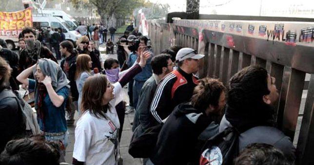 Retiros voluntarios, despidos y el cierre de una línea de producción en la ex Kraft