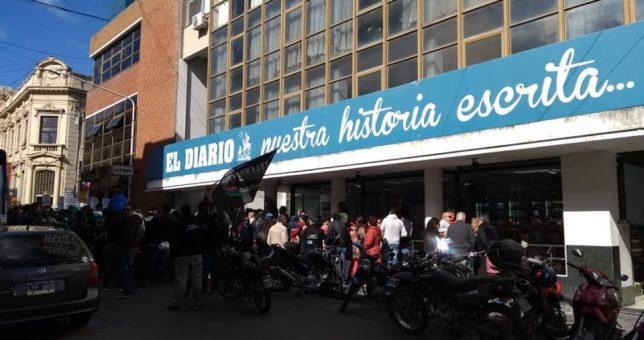 El diario de Luis Etchevehere despidió 52 personas