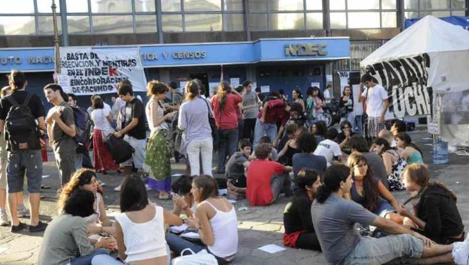 Los estatales perdieron 18% del poder adquisitivo desde que asumió Macri