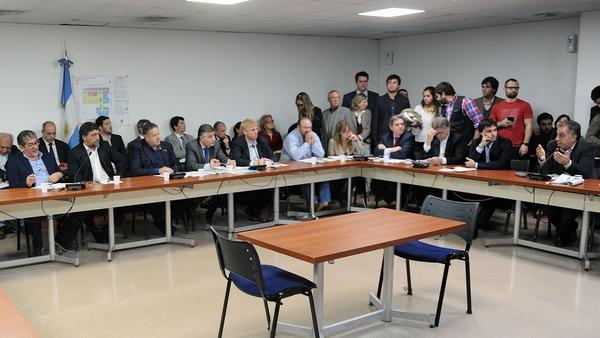 Se tratará en diputados la emergencia laboral en el INTI para retrotraer los despidos