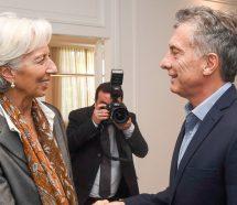 El Gobierno le promete al FMI seguir bajando jubilaciones y más despidos