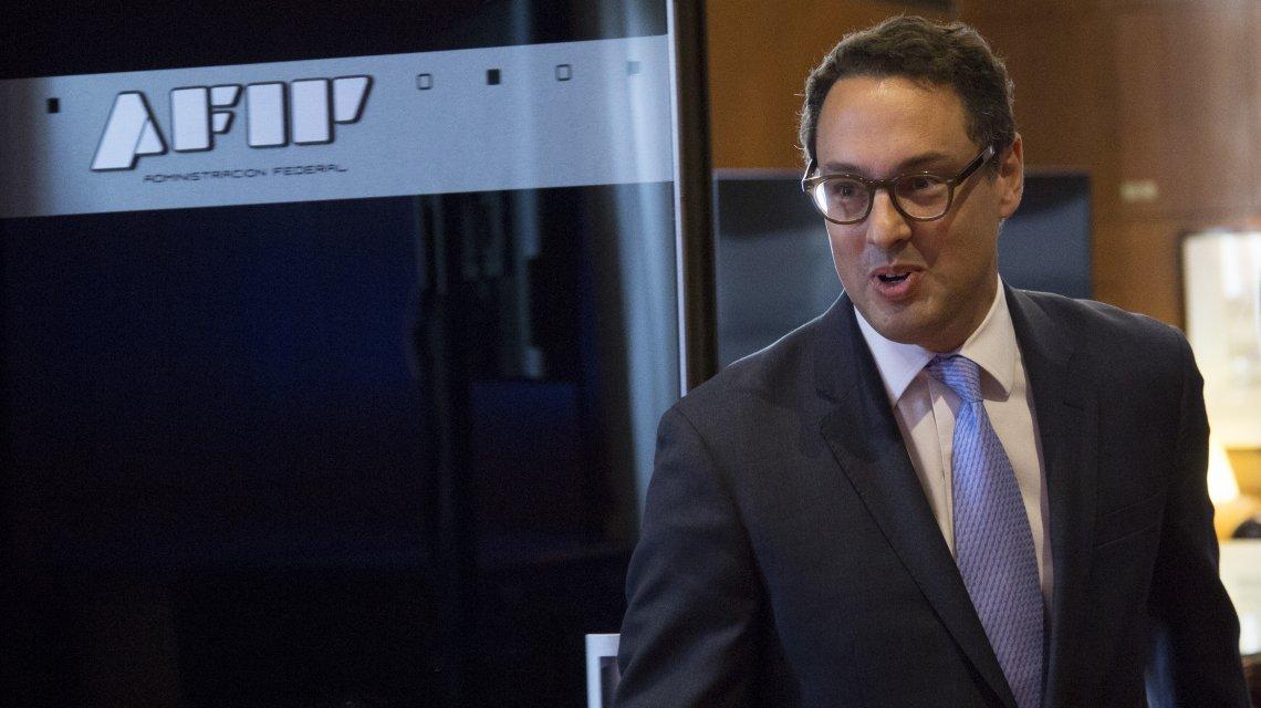 La AFIP avanza en la reducción salarial de sus empleados
