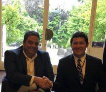 Triaca llegó a la OIT y se fotografió con un ministro que encaró una reforma laboral