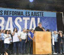 """""""Firmar por el 15% por presión del Gobierno es un error"""""""