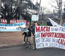 Por el impacto de las importaciones, cerró la fábrica de Adidas en Esteban Echeverría