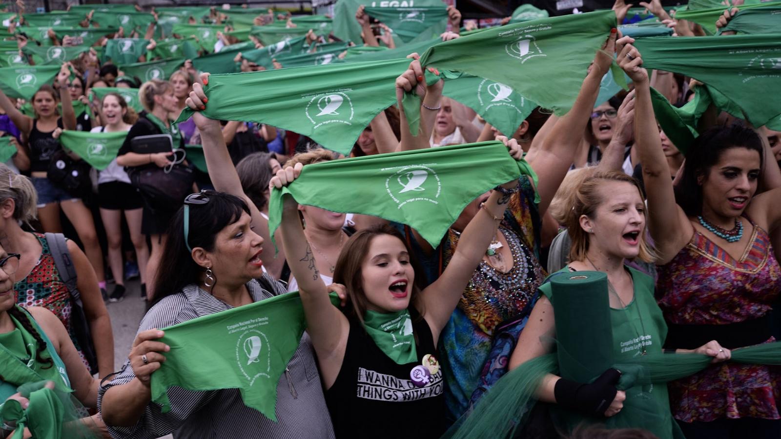 Movimiento de mujeres apura a la CGT y hoy realiza un pañuelazo frente a Azopardo
