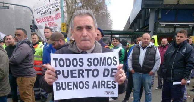 Portuarios acampan contra los despidos masivos en Terminales Río de la Plata