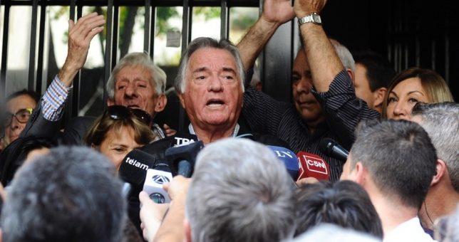 La justicia intimó a Barrionuevo a que hoy desaloje la sede del PJ