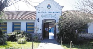 Otra docente tuvo que ser internada por sufrir una descarga eléctrica en una escuela