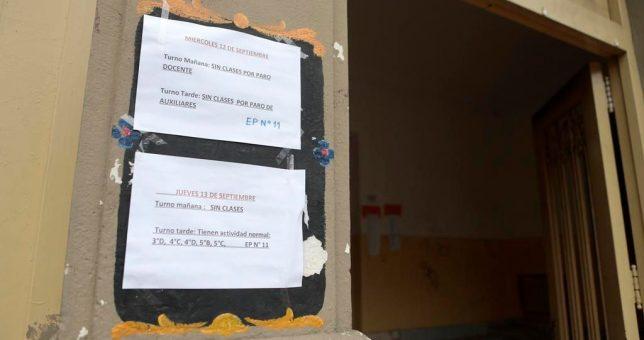 """Vidal insiste con la idea de declarar """"servicio esencial"""" a la educación para limitar el derecho de huelga"""