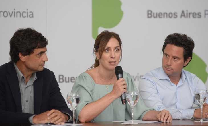 Para postergar la revisión de salarios, Vidal da un aumento por decreto a estatales