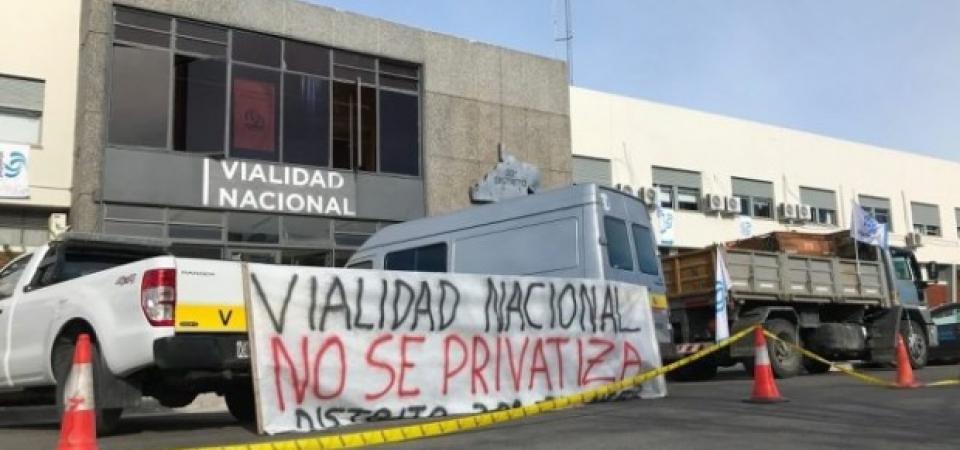 Furia entre los viales: el Gobierno ofreció 6,5% de aumento y amenazó con privatizar