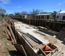Paralizan la obra de Desagüe Espora, en Santa Fe, y hay 65 despidos