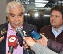 Pereyra profundiza su filiación amarilla y hoy firma una restricción del derecho de huelga para Vaca Muerta
