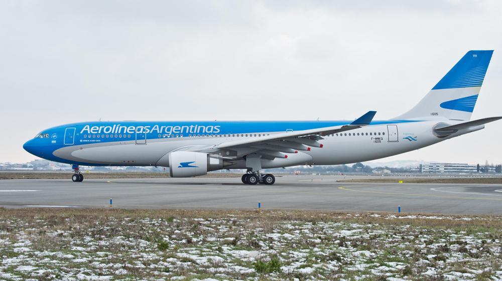 Aerolíneas Argentinas denunció una estafa de empleados y los aeronáuticos pidieron intervención judicial